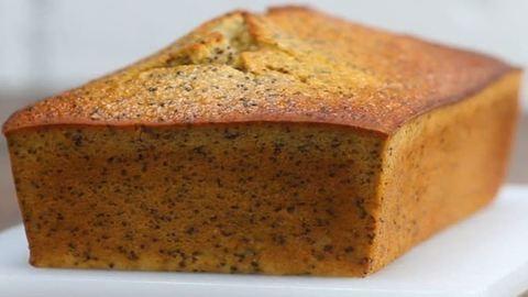 Gluténmentes süti a hétvégére: citromos-mákos kenyér