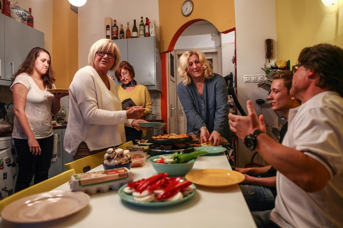 Vacsora a Petró családnál