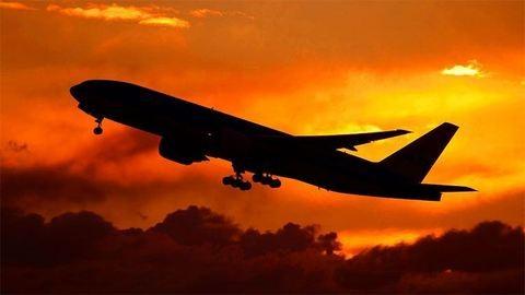 Meghalt egy utas a Delta járatán