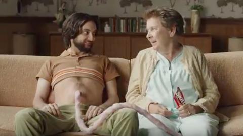 Gyomorforgató anyák napi reklámot hozott össze a Skittles