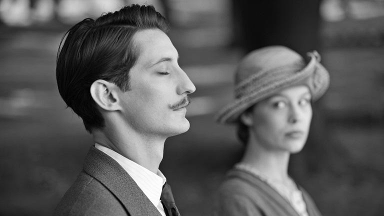 Pierre Niney és Paula Beer a Frantz c. filmben