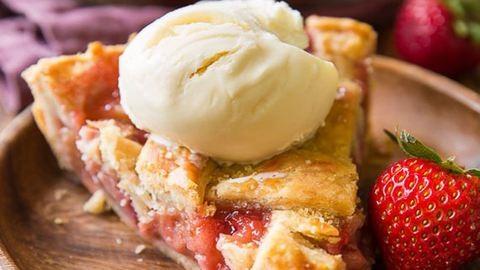 Isteni epres-rebarbarás pite