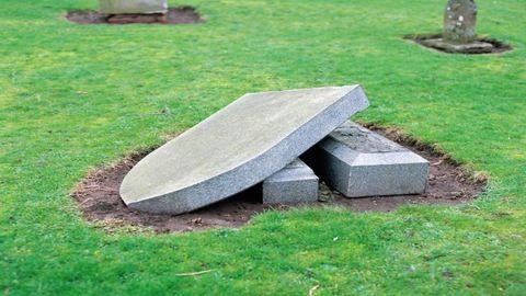 Ellopták a buszbaleset emlékszobrát Kőszegről