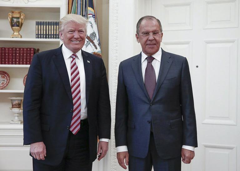 Donald Trump és Szergej Lavrov a Fehér Házban (Fotó: MTI/Orosz Külügyminisztérium)