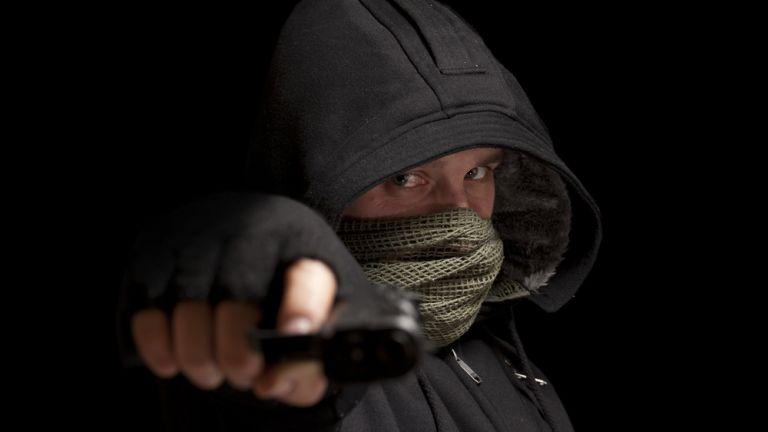 Időseket fosztogató bandát fogott a rendőrség