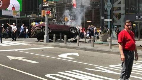 Gyalogosokat gázolt egy autó New Yorkban