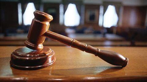 Megverte gyereke óvónőjét a 26 éves anyuka