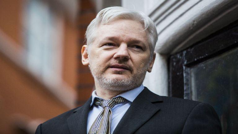Megszüntették a nemi erőszakkal vádolt Assange ellen a nyomozást