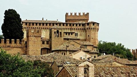 Régi kastélyokat osztogatnak Olaszországban