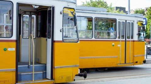 BKK-jegyet kaptak Szegeden a kiránduló váci diákok – mindenkit megbüntettek