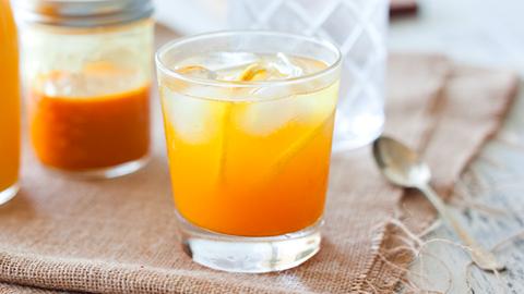 Frissítő kurkumás limonádé, amellyel a depresszió ellen is küzdhetsz