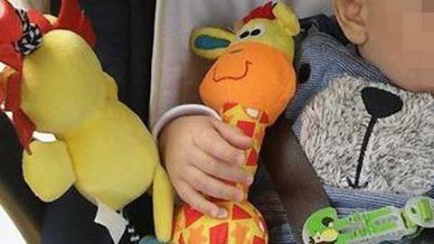 Babakocsiból lopták el egy budapesti kisfiú játékát
