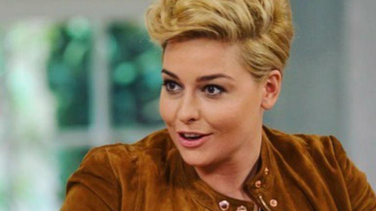 Wossala Rozina: szexin is lehet hamburgert enni
