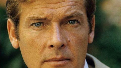 Meghalt Roger Moore, a legendás James Bond 89 éves volt
