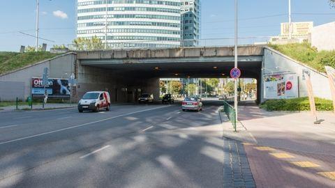 A metrófelújítás után megint lezárják a Róbert Károly körutat