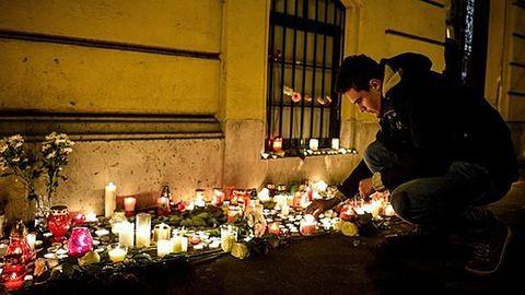 Veronai buszbaleset: nem kapnak híreket a nyomozásról a gyászoló szülők