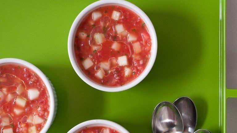 Így készül a gazpacho ázsiai módra
