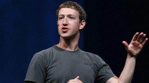 Mark Zuckerberg megkapta a diplomáját