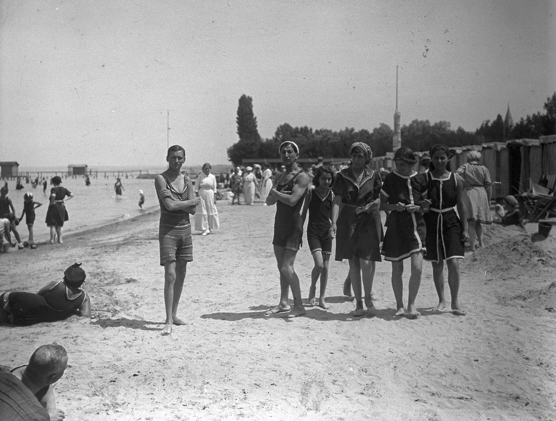 Az üdülők világa: így nyaraltak szüleink, nagyszüleink