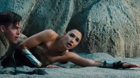 Elképesztő indokból fújták le a Wonder Woman premierjét
