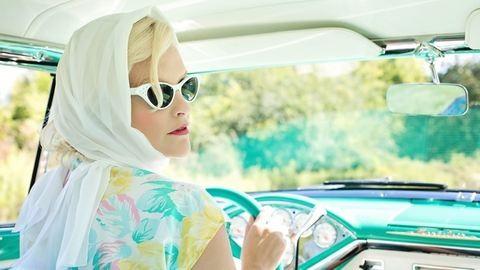 5 stílusos autós kiegészítő nőknek