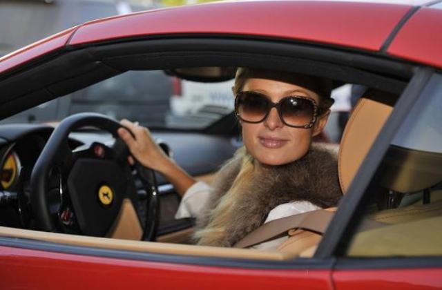 Hírességek, akik imádják a luxusautókat