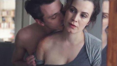Így néz ki a párkapcsolati erőszak videóra véve