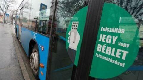Utast rabolt a buszsofőr Csobánkán