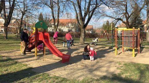 200 ezer forintra is büntethetik a játszóterező felnőtteket Józsefvárosban