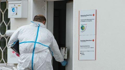Leszúrta egy szíriai menekült a Vöröskereszt munkatársát Németországban