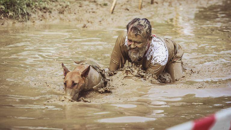 Hard Dog Race: a legkeményebb kutyák és gazdik futóversenye