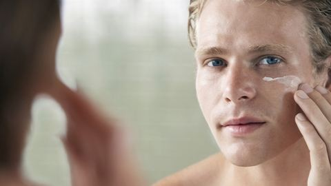 Amikor a szépségért a férfiak is megszenvedtek