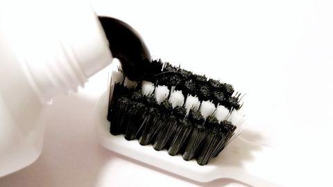 Legyen fekete a fogkrémed!