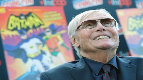 Meghalt a legendás Batman-színész, Adam West