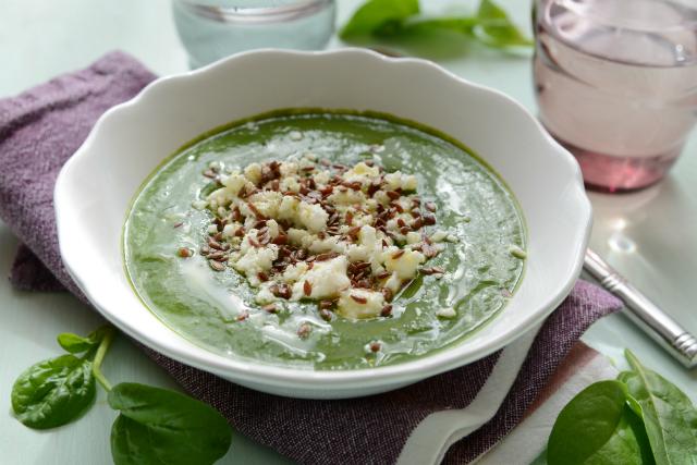 A legjobb megoldás forró nyári napokra: gyors hűsítő levesek