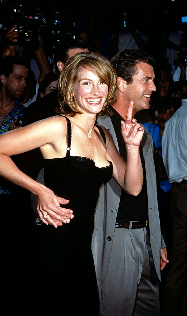 Clooney vastag szemöldöke és Al Pacino túlméretezett zakója - Így vonultak a sztárok a vörös szőnyegen húsz éve, 1997-ben