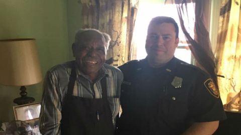 Összefogtak, hogy a 95 éves bácsinak legyen légkondija