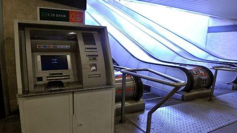 Napokig szüneteltetni fogja szolgáltatásait a CIB Bank