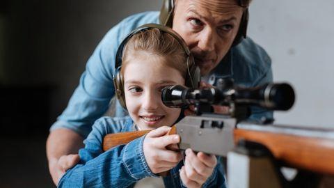 Lőtereket terveznek az iskolákba