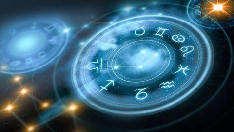 Melyik arcot viseled a horoszkópod szerint?