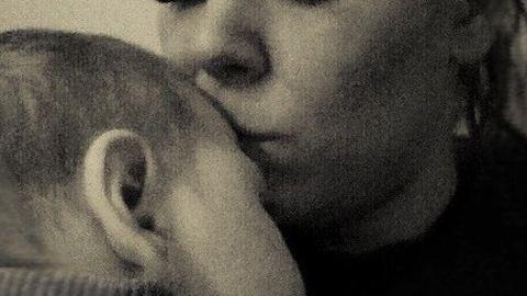 Az anya szerint az orvosok miatt sérült a kisfia