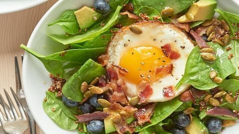 Szupernyárias saláta reggelire