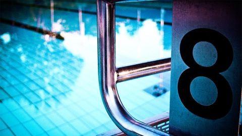 Kirúgták a pedofilbotrányba keveredett úszóedzőt