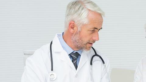 A nyugdíjasokra is szükség lenne az egészségügyben