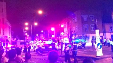 Scotland Yard: terrorcselekmény volt a londoni mecsetnél történt gázolás