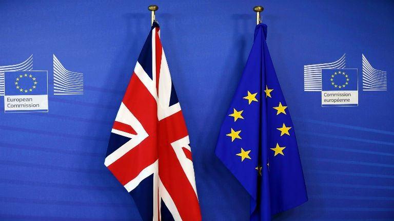 Brexit: megkezdődtek a hivatalos tárgyalások a kilépésről