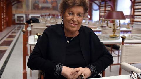 Elhunyt Carla Fendi