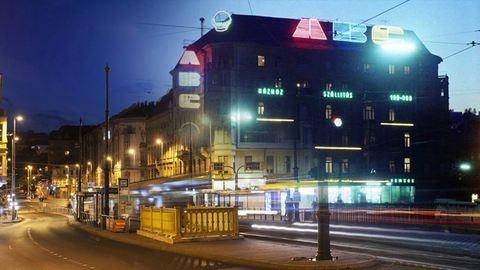 Akkor és most: Budapest neonfényei régen, és ami maradt belőlük