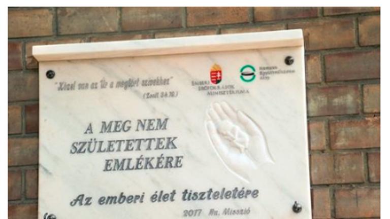 Ezzel sokkolják az abortuszra érkezőket Szegeden