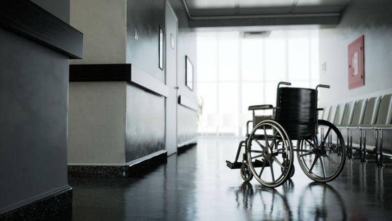 Orvoshiány miatt nyáron csökkentett üzemmódban működik a jászberényi kórház